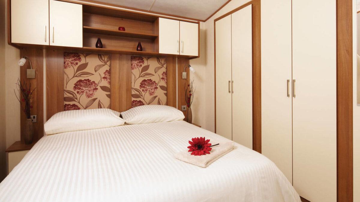 Double-Bedroom-Caravans-in-Oban-1200×675