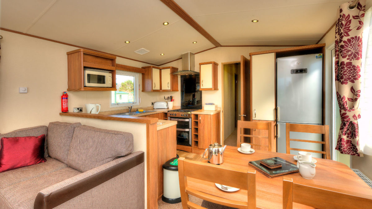 Luxury-Self-Catering-Caravan-Holidays-With-Kitchens-Oban-Scotland-1200×675